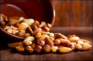 7-Different-Types-of-Nuts-With-Enormous-Health-Benefits-Snack-on-These-Nuts-Instead